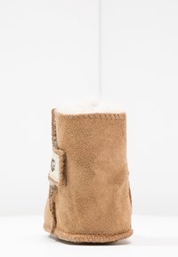 UGG - ERIN - First shoes - chestnut - 3