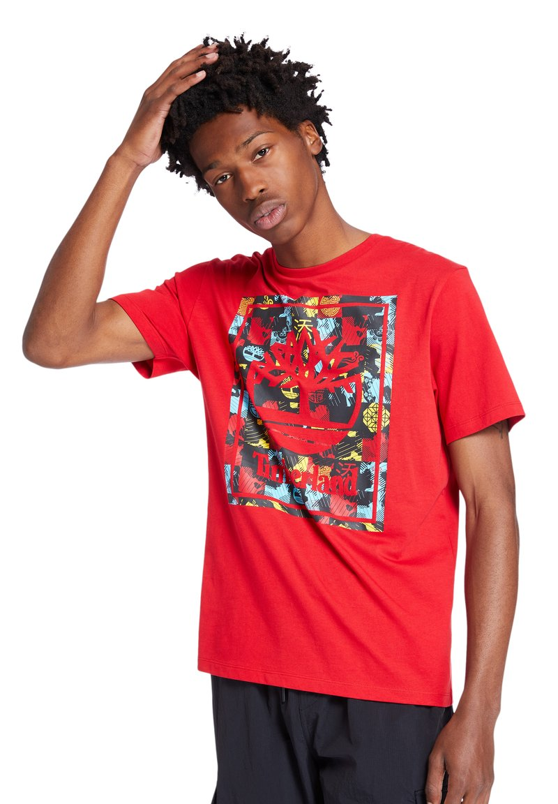 Timberland - T-shirt med print - barbados cherry