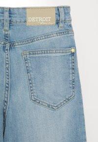 Lindex - TROUSERS LOTTE LIGHT - Straight leg jeans - light denim - 2