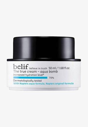 THE TRUE CREAM AQUA BOMB - Face cream - -