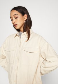 Monki - CIM SCALE - Blouse - beige - 3
