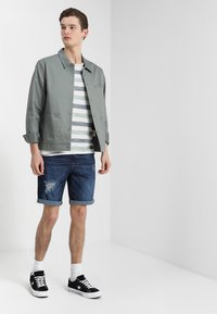 YOURTURN - Denim shorts - dark-blue denim - 1