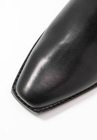 DKNY - MICHELLE BOOTIE  - Stövletter - black - 2
