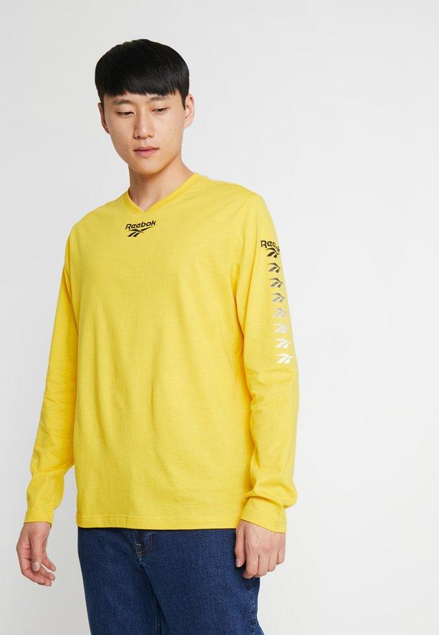TEE - Long sleeved top - toxic yellow