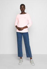 Tommy Hilfiger - CLASSIC BOAT - Bluzka z długim rękawem - pastel pink - 1