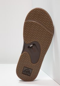Reef - FANNING - T-bar sandals - brown - 4