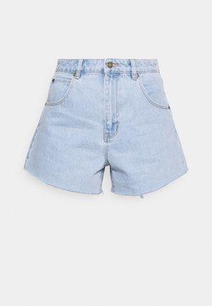 MIRAGE - Denim shorts - nina blue organic