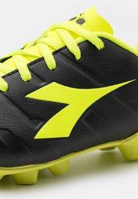 Diadora - PICHICHI 3 MD JR UNISEX - Moulded stud football boots - black/fluo yellow - 5