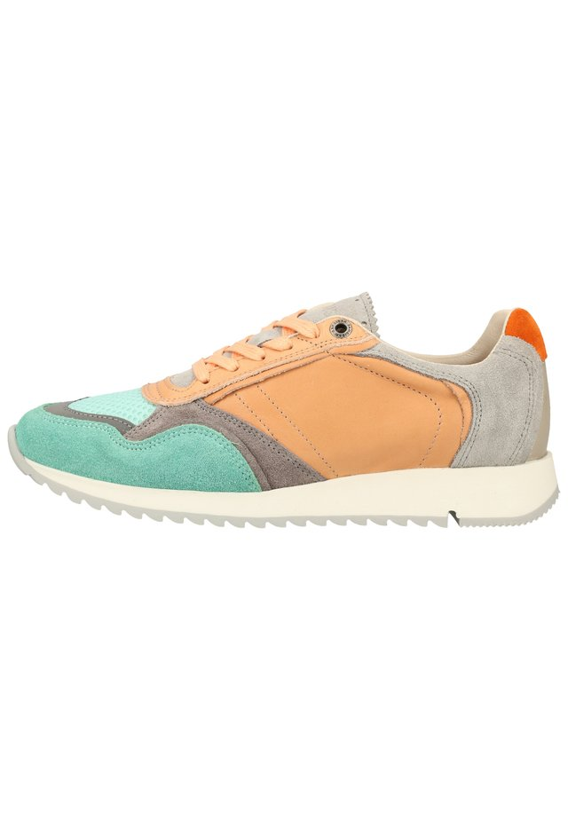 SANSIBAR SHOES SNEAKER - Sneakersy niskie - rosa 76