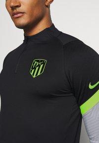 Nike Performance - ATLETICO MADRID DRY DRILL - Klubtrøjer - black/wolf grey/volt - 6