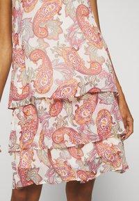 comma - KURZ - Denní šaty - multi-coloured - 5