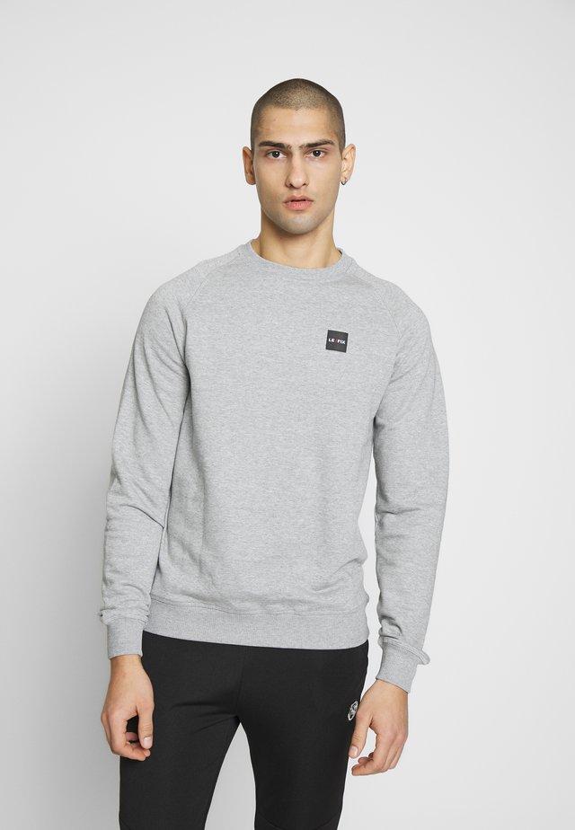 PATCH CREW - Sweatshirt - grey melange