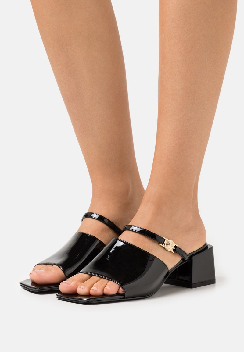 Versace Jeans Couture - Mules à talons - black