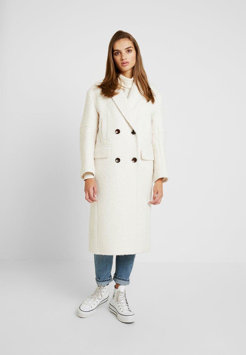 Topshop - KIM BOUCLE - Zimní kabát - ivory