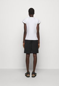 3.1 Phillip Lim - BUTTERFLY RUFFLE SLEEVE TANK - Print T-shirt - offwhite - 2