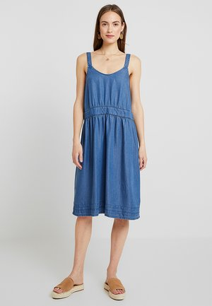 STRAP MID DRESS - Denim dress - blue medium wash