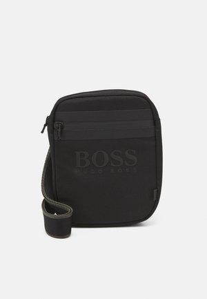 BAG UNISEX - Across body bag - black