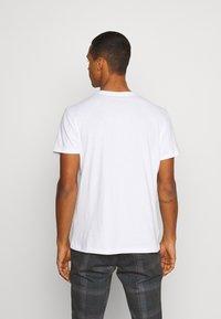 AllSaints - ELEMENT CREW - Basic T-shirt - optic white - 2