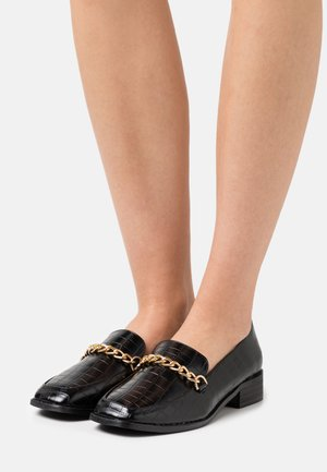 WIDE FIT ALEEMA - Mocasines - black