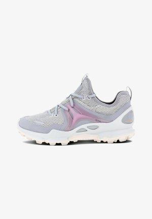 BIOM C-TRAIL W LOW TEX - Sneakers - silver grey