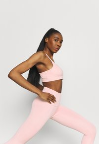 Nike Performance - THE YOGA 7/8 - Leggings - pink glaze/rust pink - 3