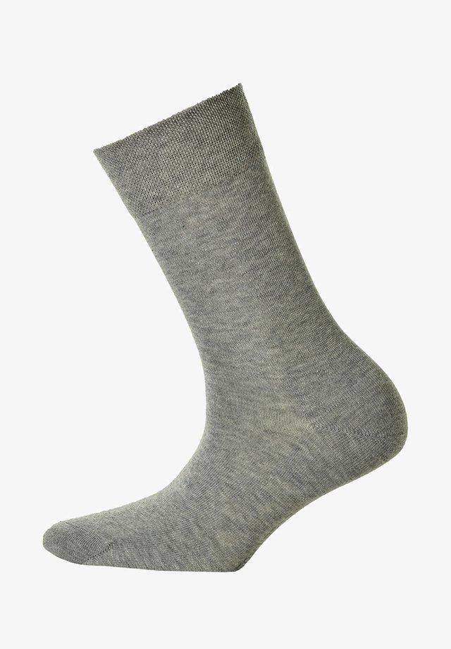 ONEPAAR - Socks - silber