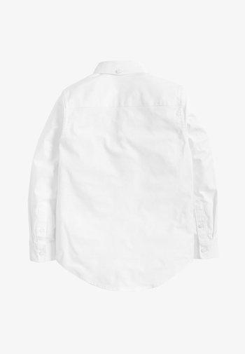 WHITE LONG SLEEVE OXFORD SHIRT (3-16YRS) - Shirt - white
