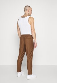 New Look - PIN STRIPE PULL ON - Broek - stone - 2