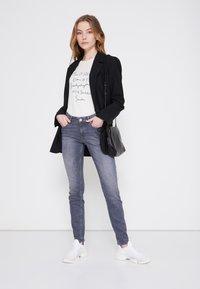 Marc O'Polo - Slim fit jeans - grey denim - 1