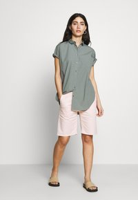 CLOSED - HOLDEN - Shorts - soft pink - 1