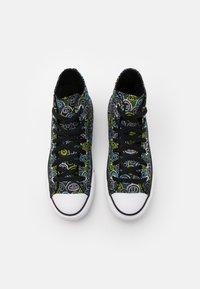 Converse - CHUCK TAYLOR ALL STAR ALL OVER YETI UNISEX - Zapatillas altas - black/azure haze/lemon - 3