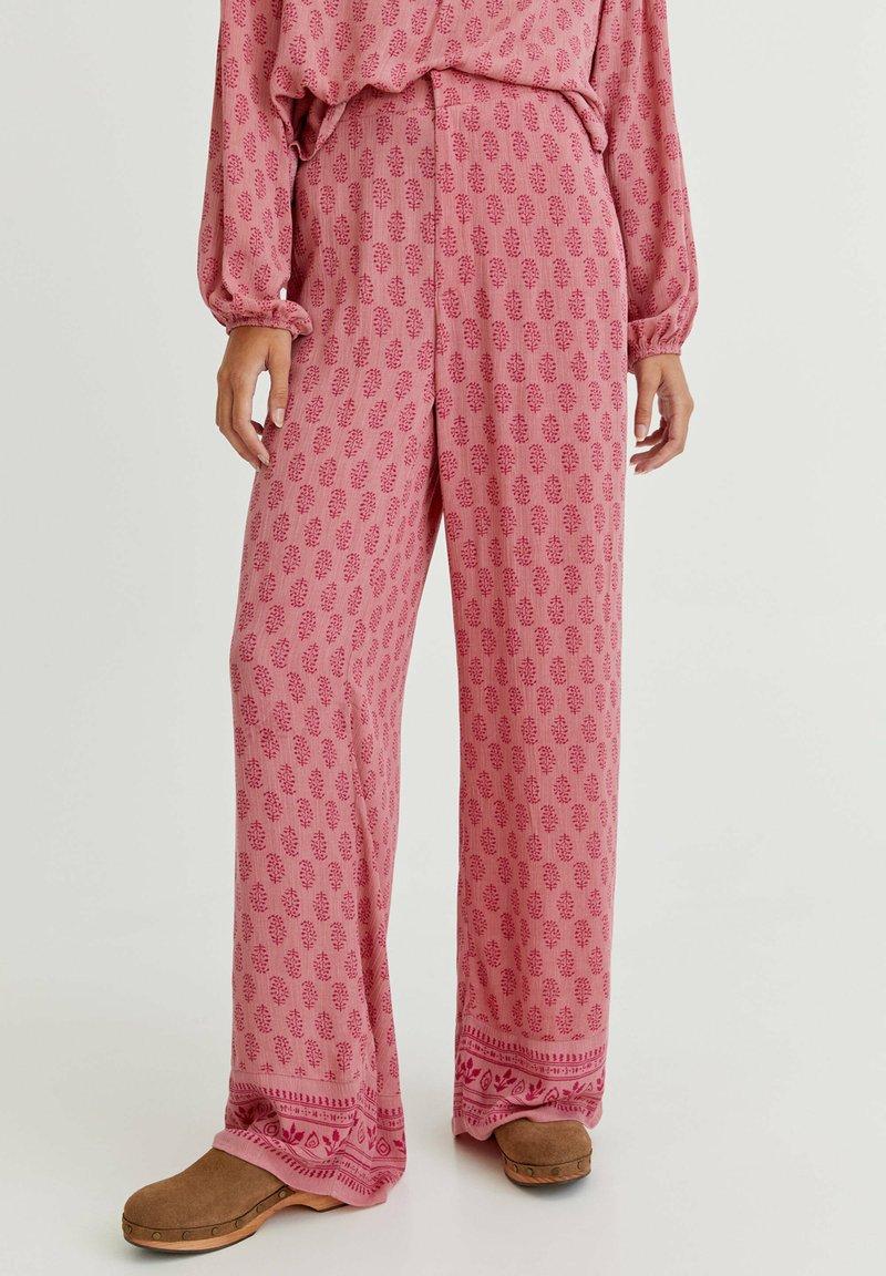 PULL&BEAR - Trousers - mottled light pink
