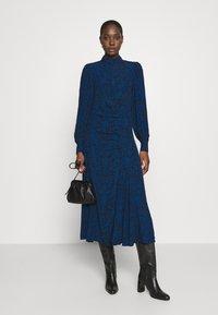 Gestuz - LORALIGZ MIDI DRESS - Day dress - blue/black vintage - 1