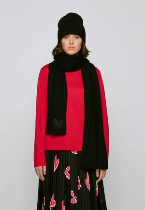 Scarf - patterned