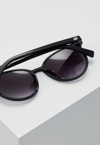 Le Specs - ARMADA - Gafas de sol - black - 4