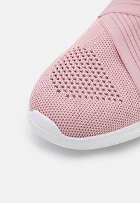 Repetto - DANCE  - Sneakersy niskie - rose - 5
