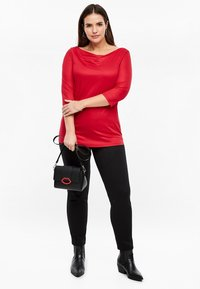 Triangle - MIT WASSERFALL - Long sleeved top - red - 1
