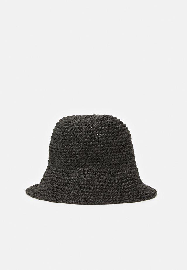 BEAM BUCKET HAT - Hat - black