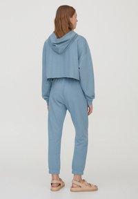 PULL&BEAR - Pantaloni sportivi - blue - 2