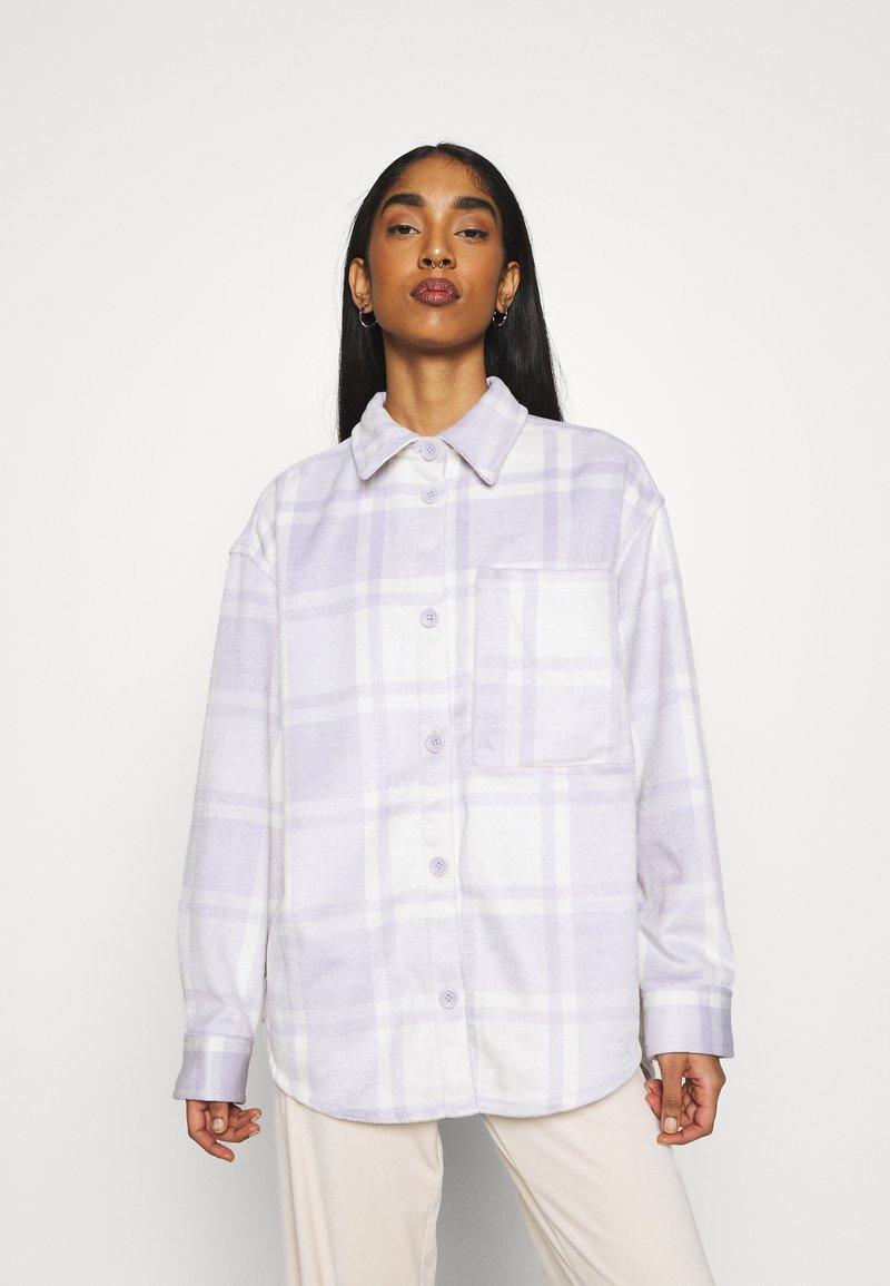 Monki - BENNY  - Skjortebluser - purple