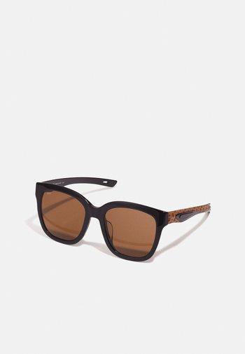 Sunglasses - black/cognac visetos