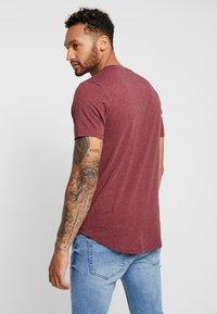 Only & Sons - ONSMATT  5-PACK - Basic T-shirt - white/dark/blue/ melange/cab - 3