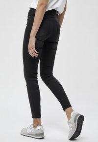 Desires - Jeans Skinny Fit - black - 2
