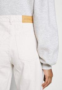 Monki - YOKO - Jeans Straight Leg - white light - 6