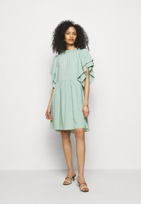 Hofmann Copenhagen - AMELIA - Denní šaty - pure mint - 0