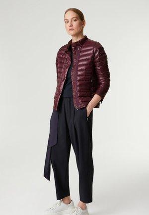 MILLA - Down jacket - bordeaux