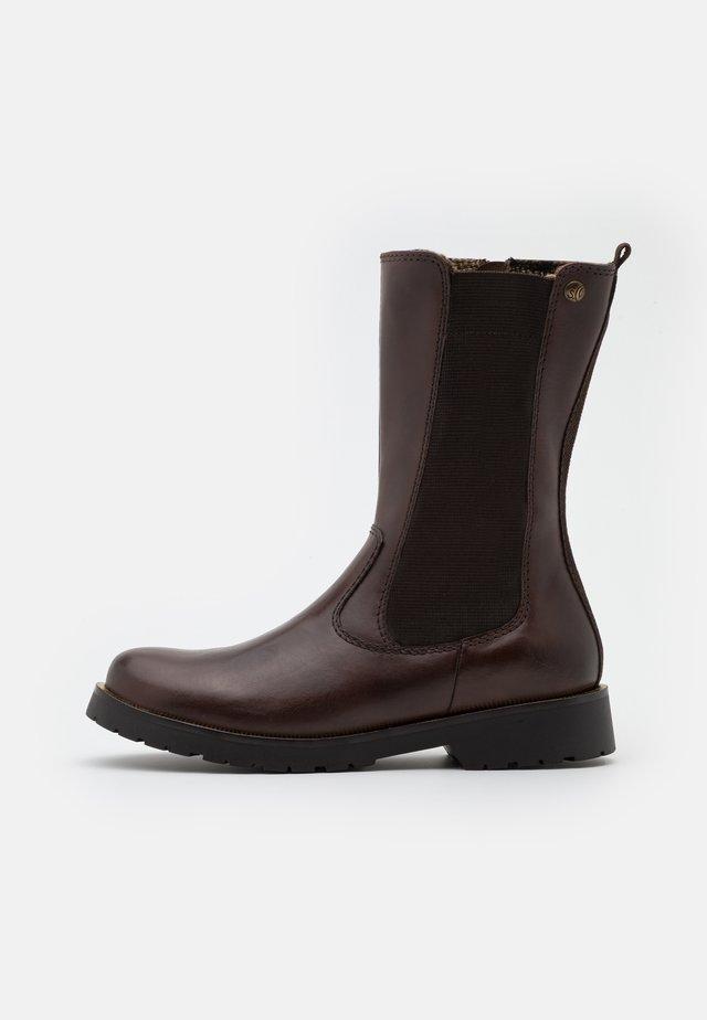 BOOTS  - Støvler - mocca
