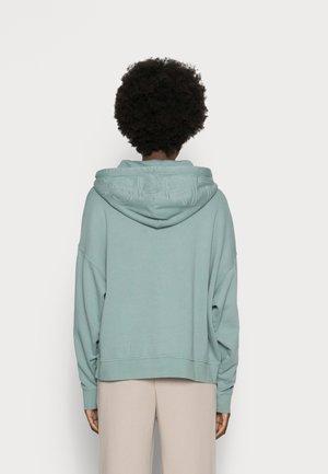 HOODIE - Sweatshirt - dusty green