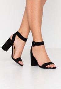 Dorothy Perkins - BLOCK  - Sandaler med høye hæler - black - 0