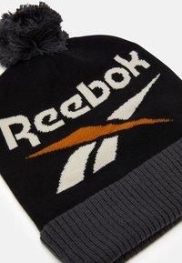 Reebok Classic - WINTER ESCAPE BEANIE UNISEX - Čepice - black - 2